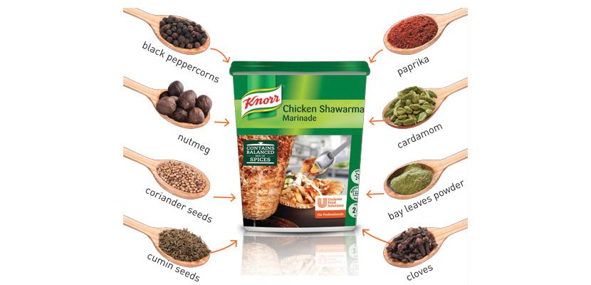 تتبيلة شاورما الدجاج كنور ٦ × ٧٥٠جم - تحتوي التتبيلة على مزيج متوازن من البهارات.
