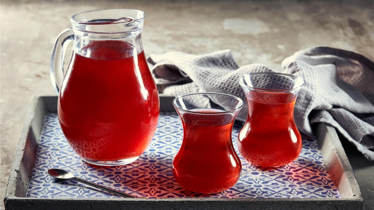 مشروب الكركدية بالفراولة – وصفة