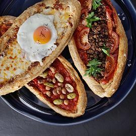 خبز البيدا التركي بثلاث نكهات