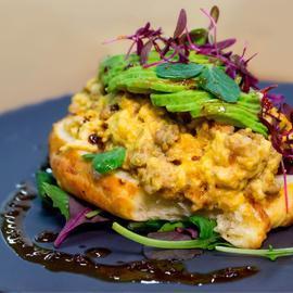 ساندويتش الشاورما للفطور