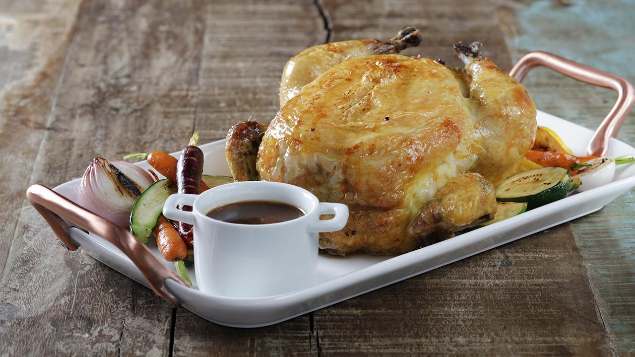الدجاج المحشو بالكينوا وجبن الفيتا والسبانخ مع جريفي العسل والخردل – وصفة