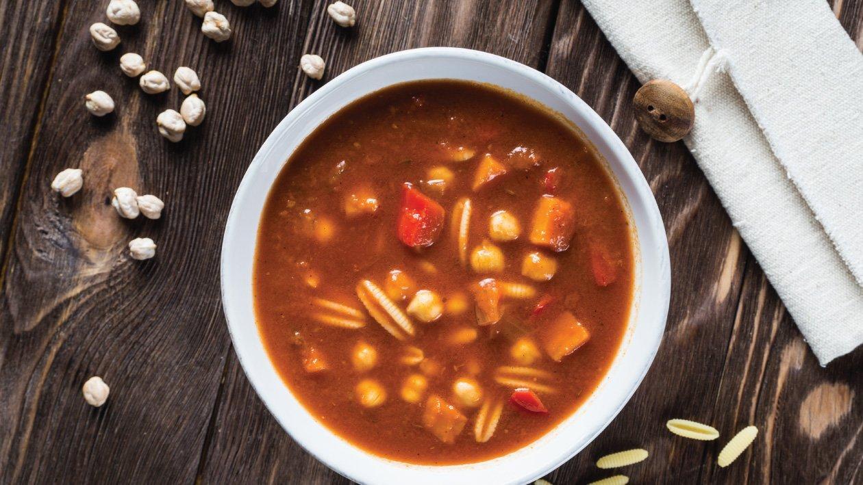 حساء المينستروني على طريقة الشرق الأوسط – وصفة