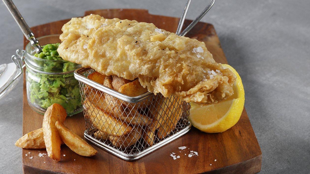 طبق السمك والبطاطس البريطاني مع البازيلاء بالنعناع – وصفة