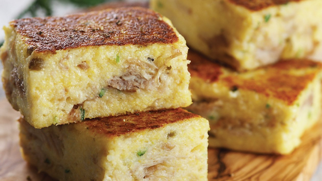 كعك الديك الرومي والبولينتا بالجبنة – وصفة