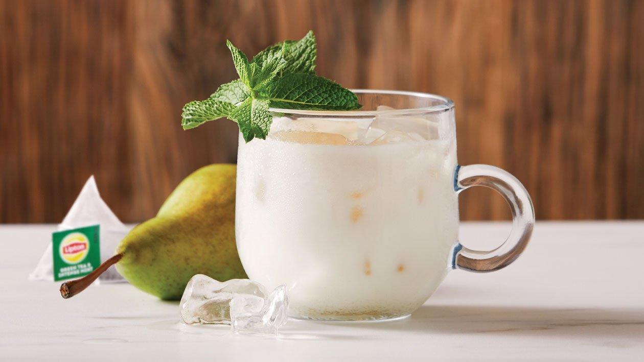 لاتيه الشاي الأخضر والنعناع المثلج – وصفة