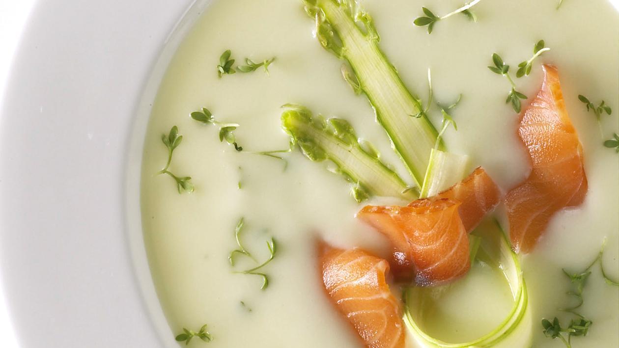 Супа от аспержи със сьомга