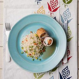 Krůtí závitek se špenátem a paprikovou rýží