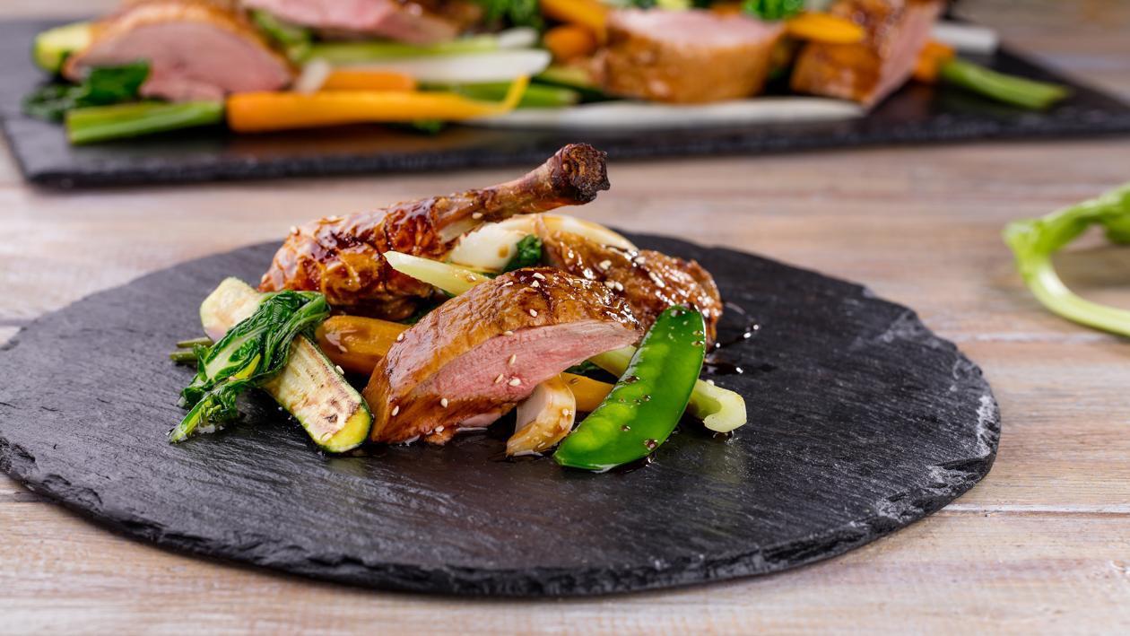 Asijská kachna s křupavou kůží
