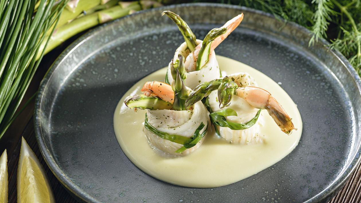 Involtini di sogliola di gamberetti - Závitky z mořského jazyka s krevetou na citrónovo-máslové omáčce