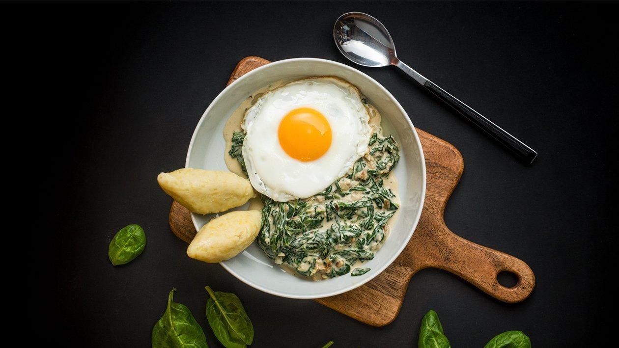 Krémový špenát se sázeným vejcem