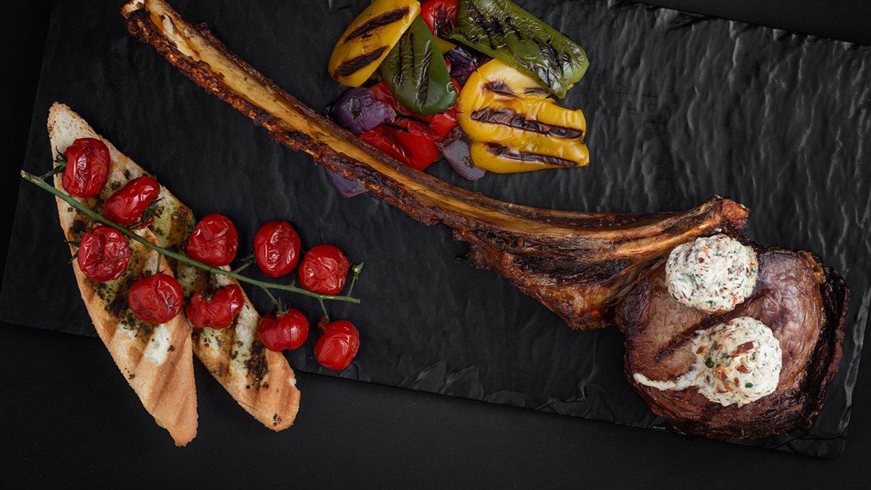 Ochucený bylinkový krém na steak