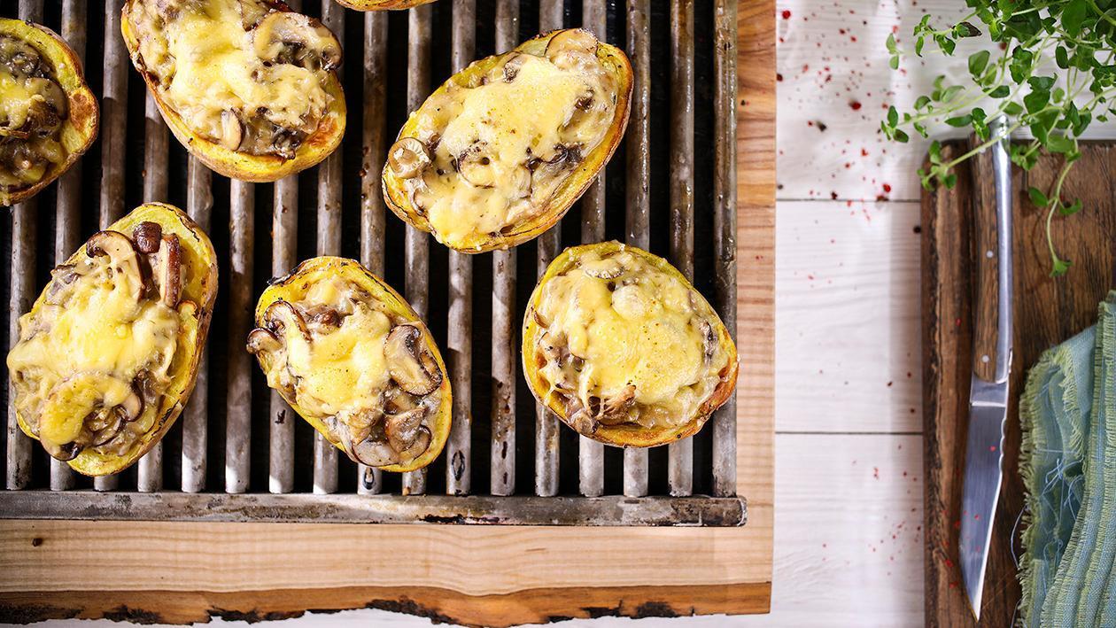 Pečené brambory lovecký styl s houbami