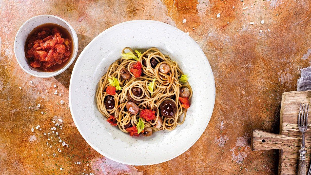 Spaghetti s hovězími kuličkami a salsou