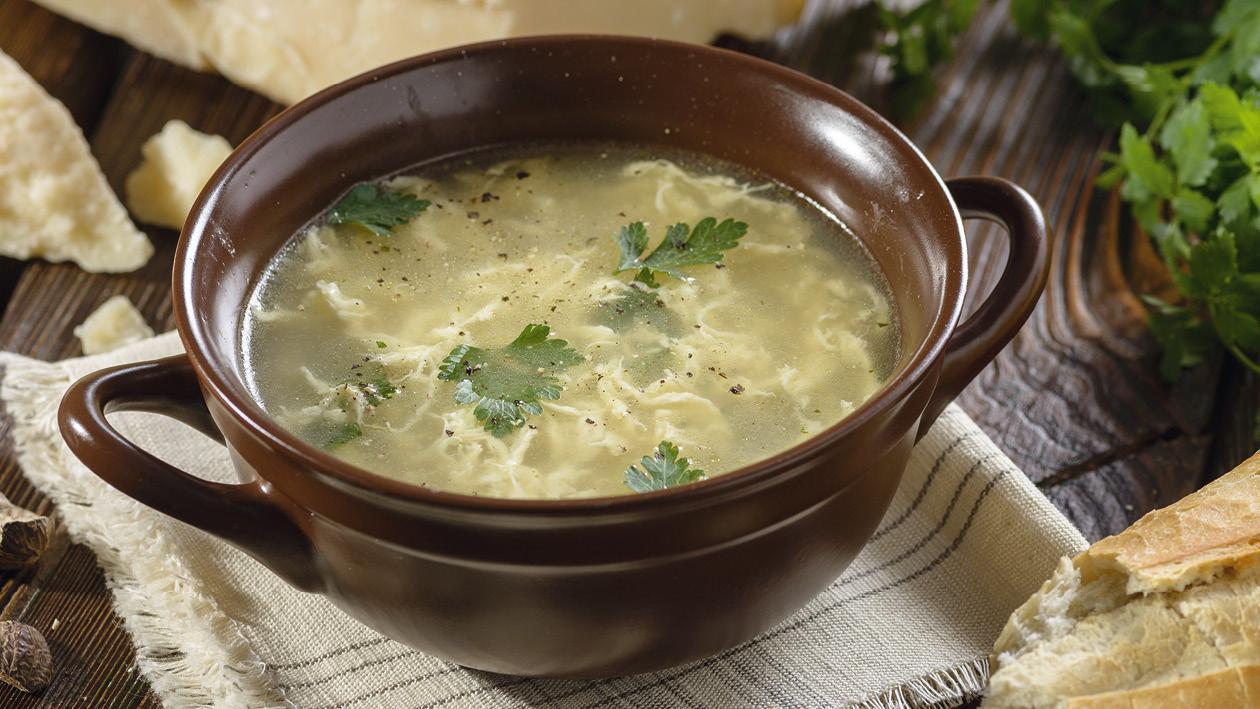 Straciatella - Polévka s vaječnou zavářkou
