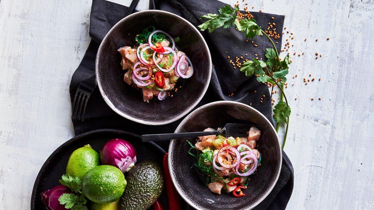 Asiatisk lakseceviche med lime