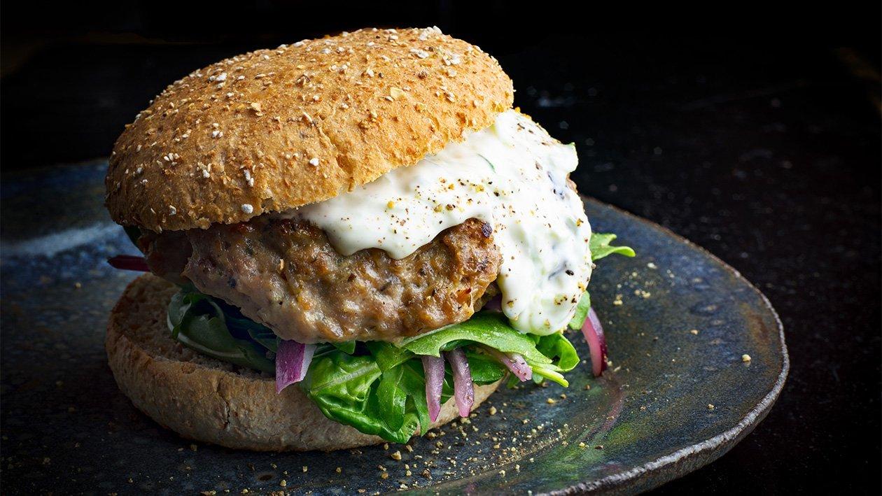 Lammeburger Bagdad med Jajeek mayonnaise