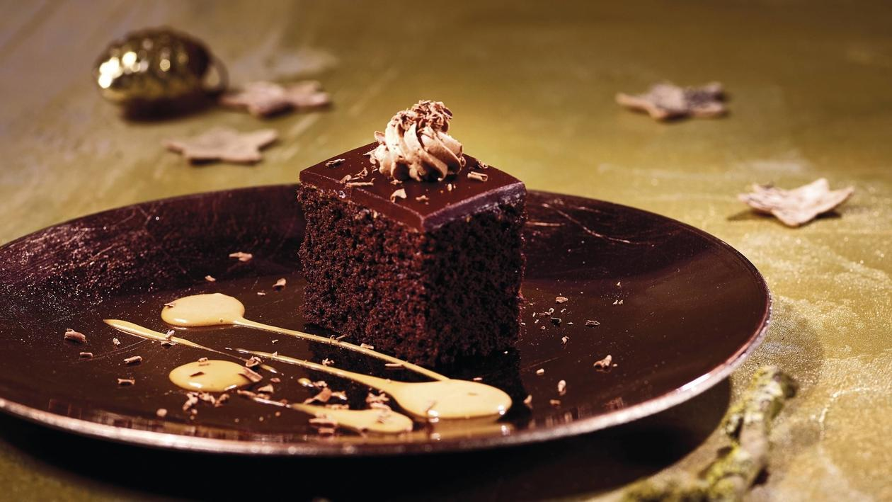 Black Magic Cake, Karamell
