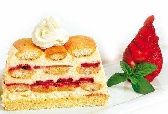 Erdbeer Tiramisu mit Balsamico Erdbeeren