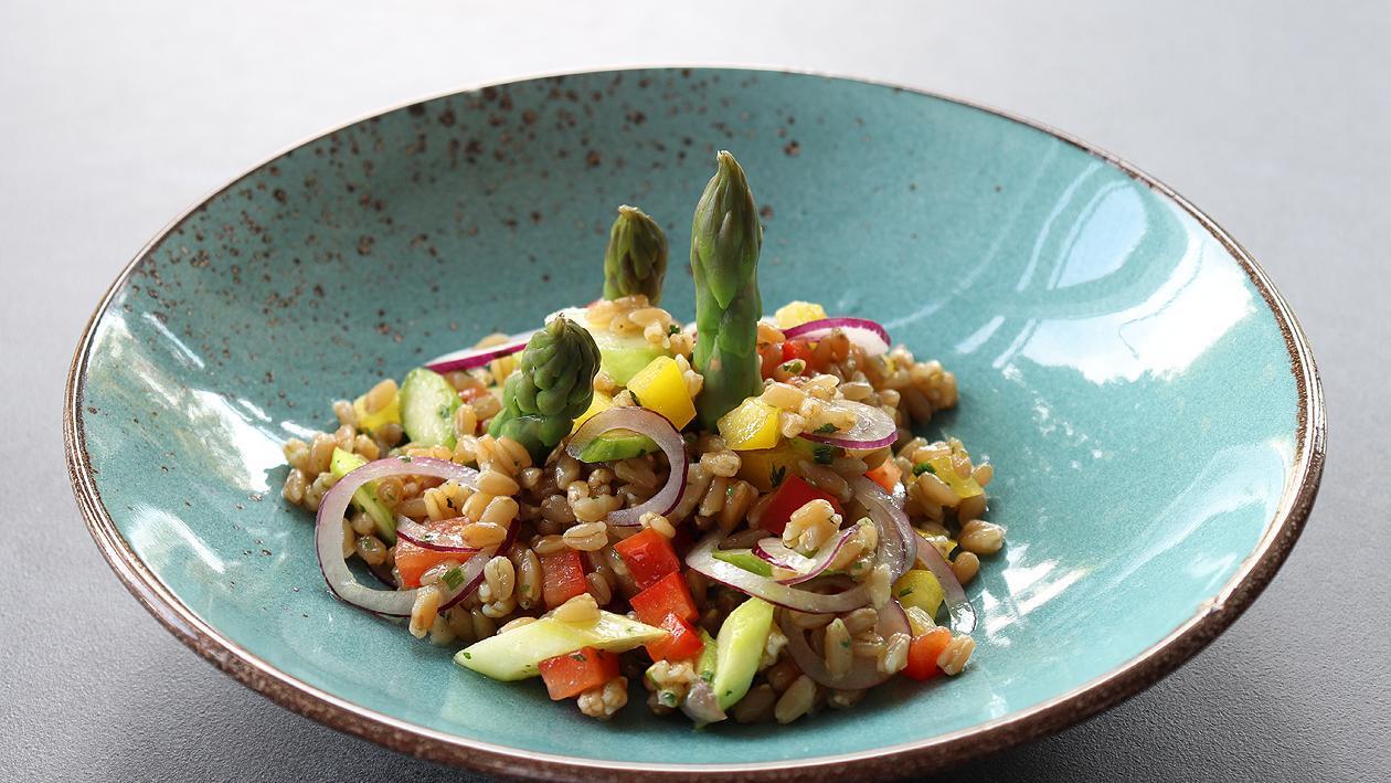 Grünkernsalat mit Spargel