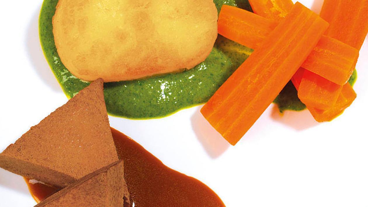 Rinderbraten mit Kartoffeltaler, Karottengemüse und Pesto Dip