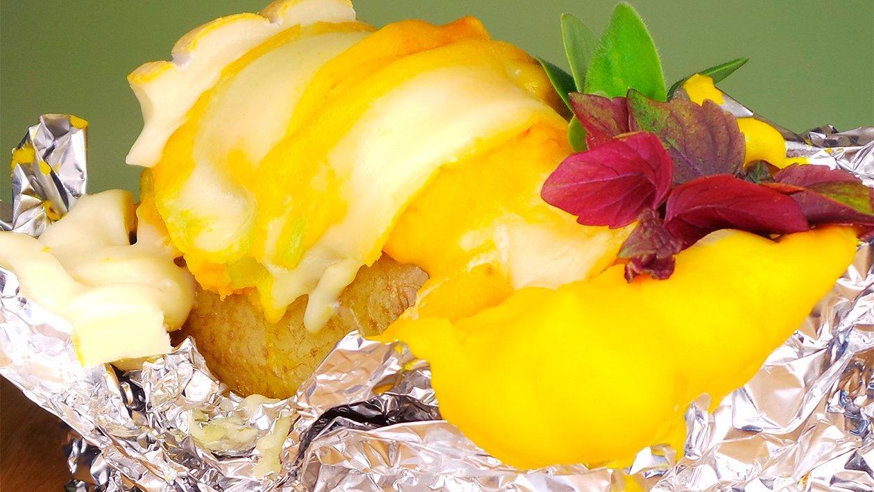 Backkartoffel mit Kürbis - Porree Füllung