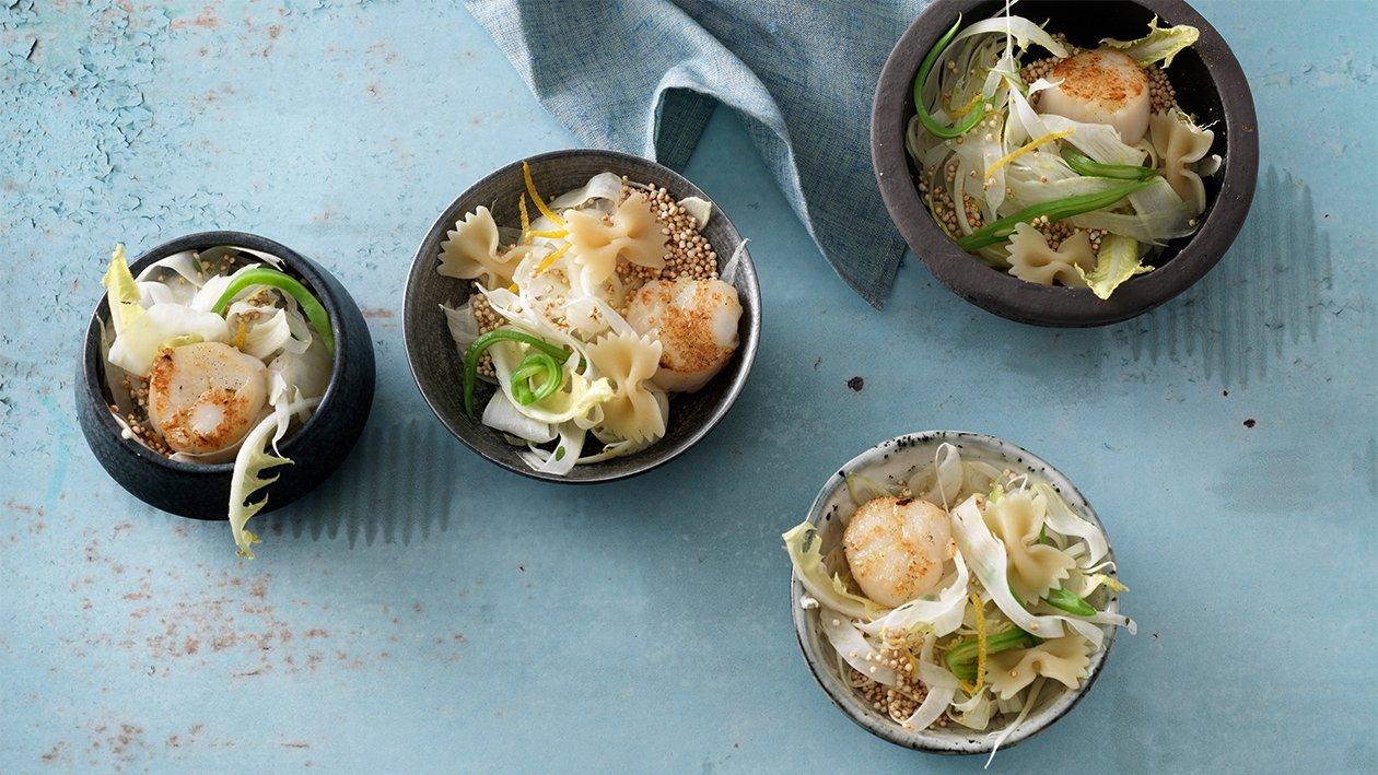 Farfalle-Salat mit Fenchel und Jakobsmuschel