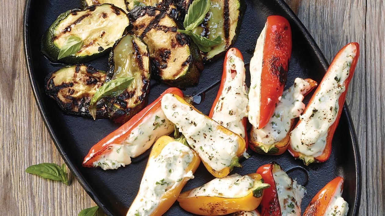 Gefülltes, gegrilltes Gemüse