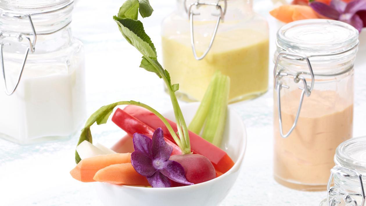 Gemüse Sticks mit Aloe Vera Dipp
