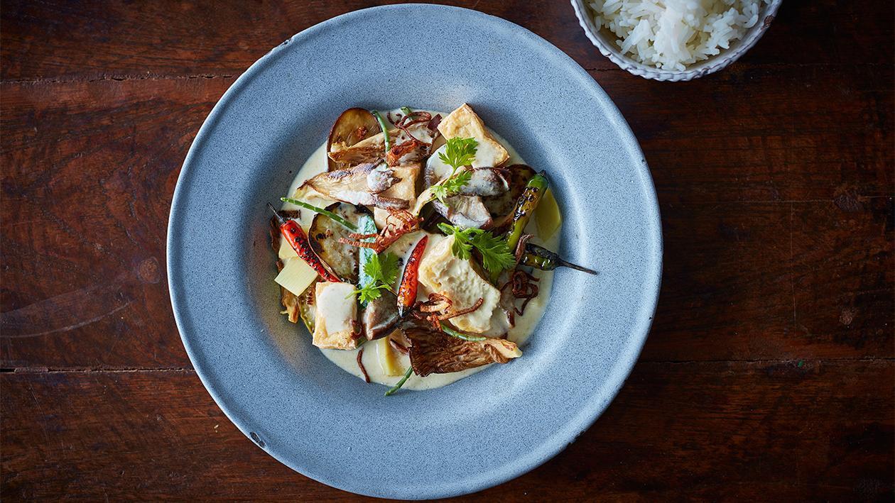 Green Curry mit Tofu und Wok-Gemüse