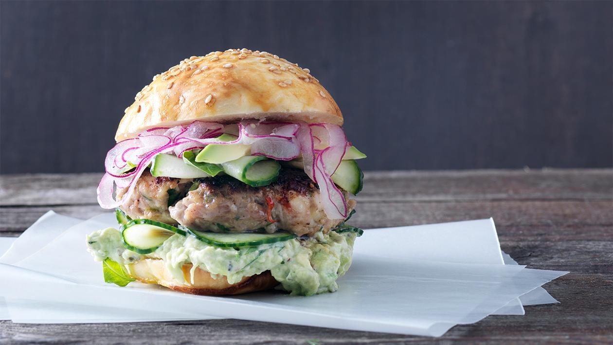 Hamburger mit Kalbsfleisch, Crevetten und Zitronengras