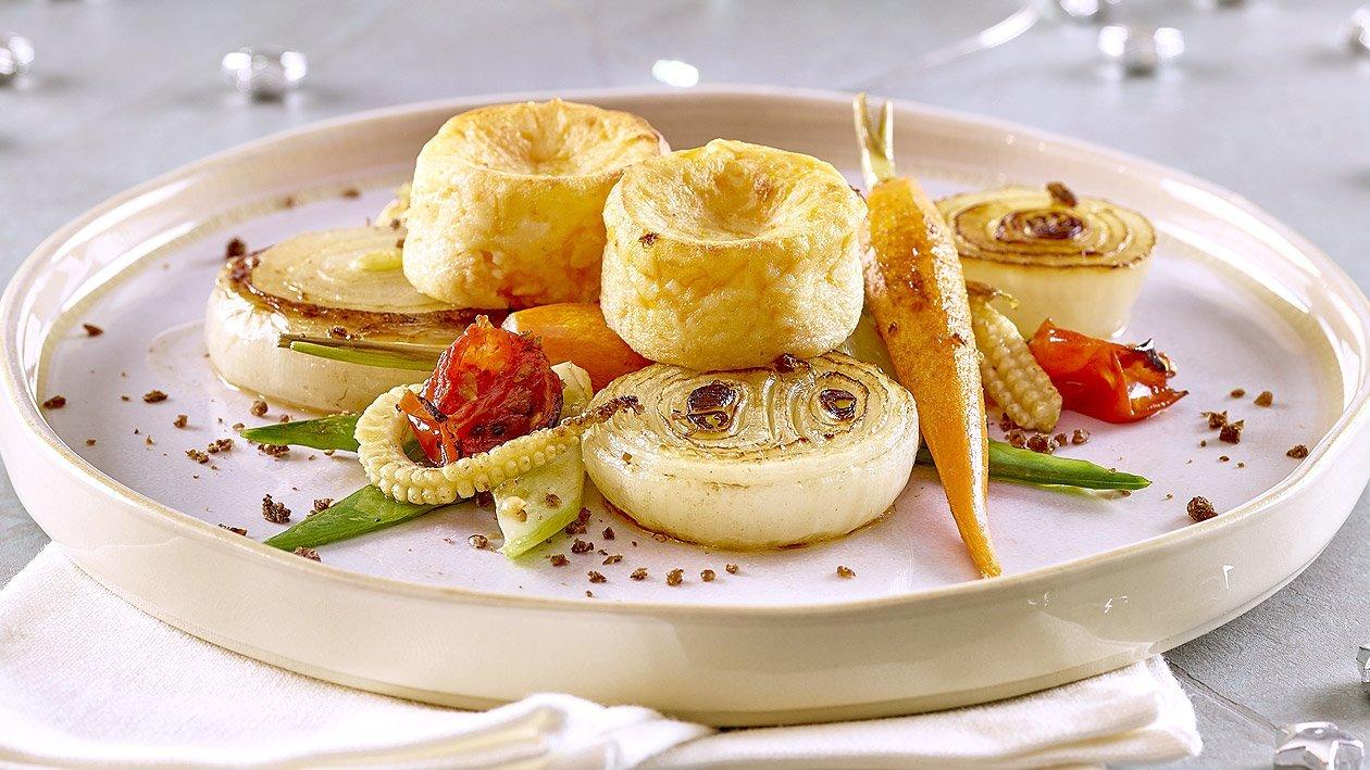 Kürbis-Käse Muffin mit gegrilltem Gemüse