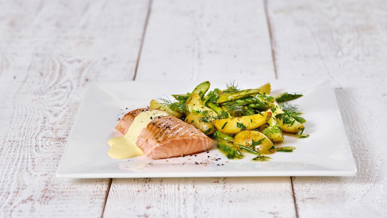 Lachsfilet mit Spargel-Kartoffelsalat