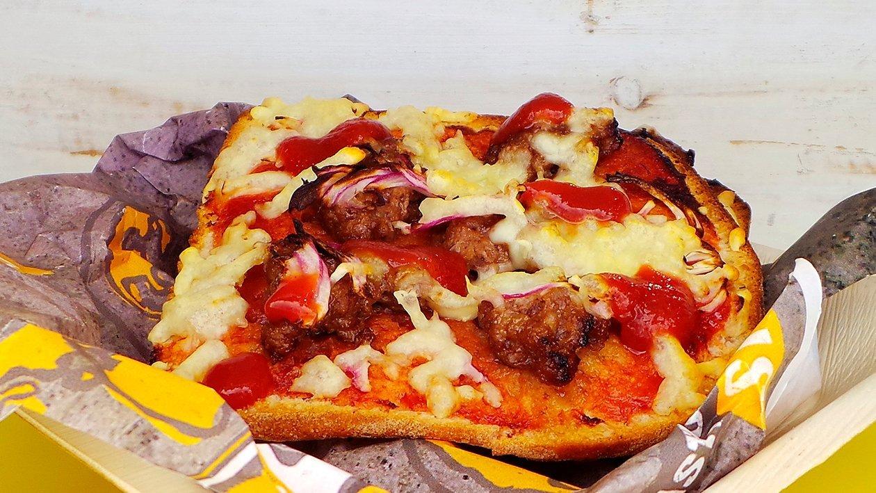 Meatlover´s Pizza mit BBQ Sauce