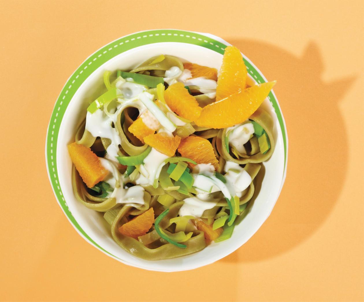 Nudel-Lauch-Salat mit Kresse