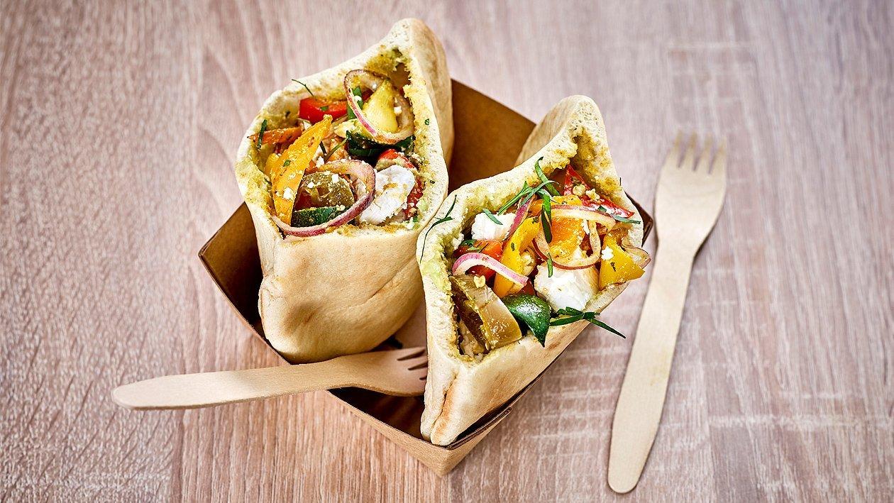 Pita-Tasche mit Grillgemüse und Süßkartoffel