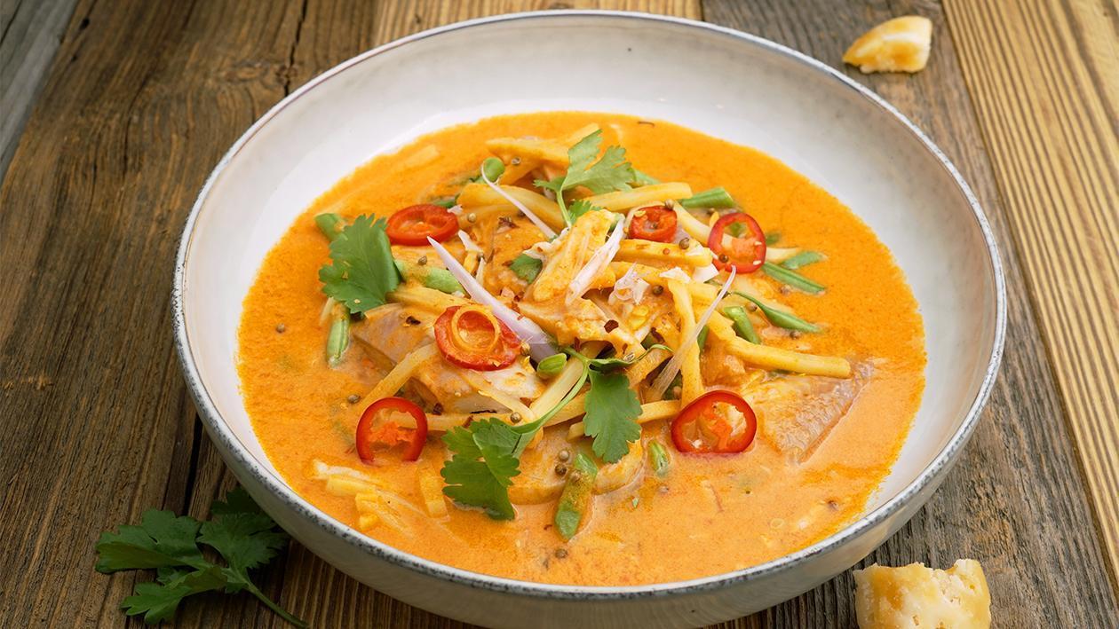 Rotes Curry von der Forelle