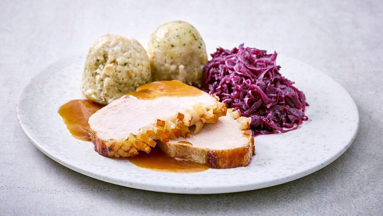 Schweinebraten/Rotkohl/Semmelknödel