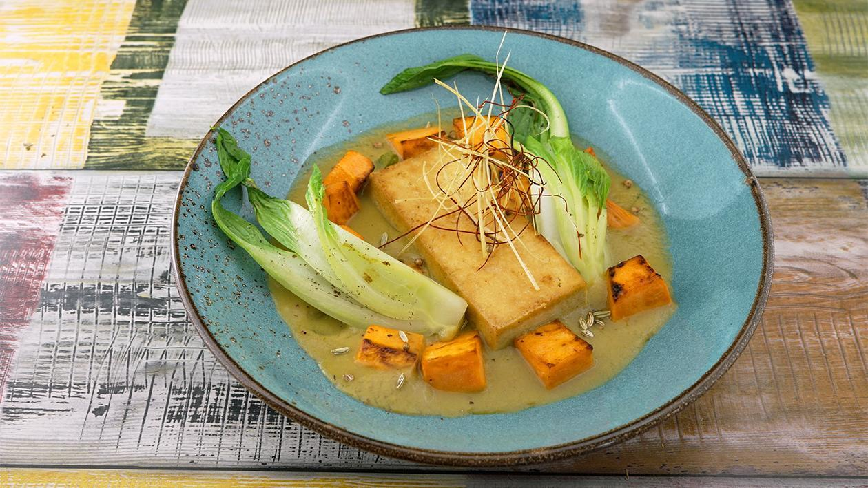 Seidentofu Green Curry mit Süßkartoffel