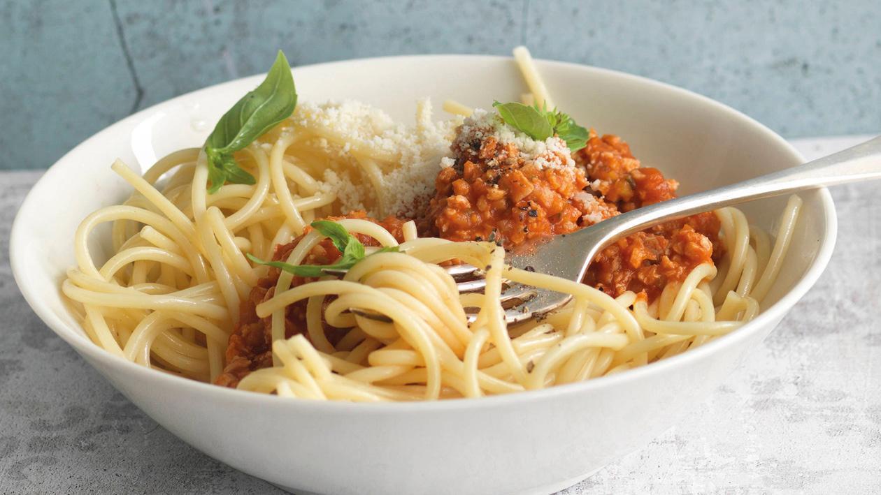 Spaghetti mit veganer Bolognese