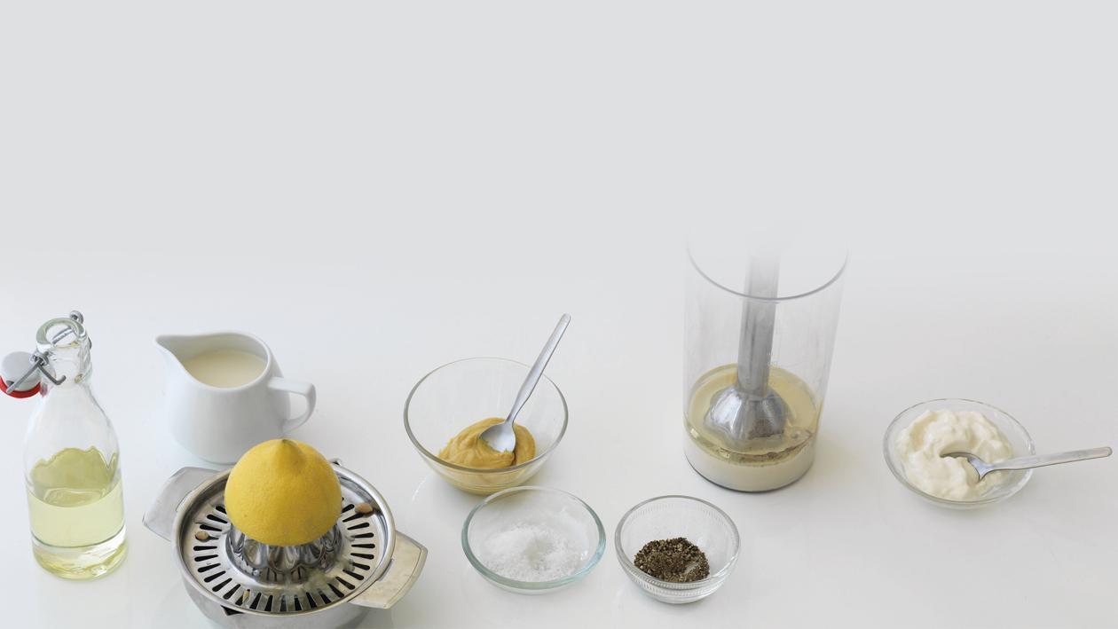 """Vegane Salatcreme, """"Mayonnaise"""" ohne Ei"""