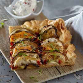 Πίτα με λαχανικά και κρέμα τυρί φέτα