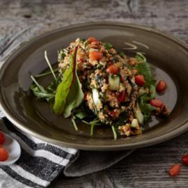 Ταμπουλέ Λαχανικών με Goji Berry Αρωματισμένο με Βινεγκρέτ Βασιλικού