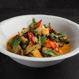 Knorr Thai Red Curry Paste με Mανιτάρια, Γλυκοπατάτες, Κουνουπίδι, Κόλιανδρο & Αμύγδαλα