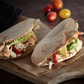 Tacos Γαλοπούλας με Αβοκάντο και Μοσχολέμονο