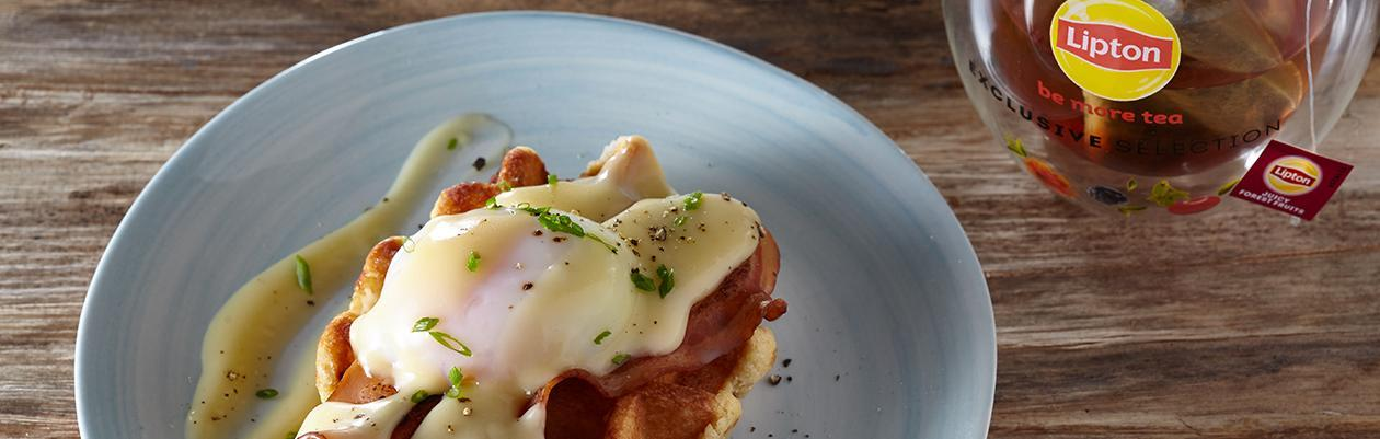Αυγά Benedict σε Waffles