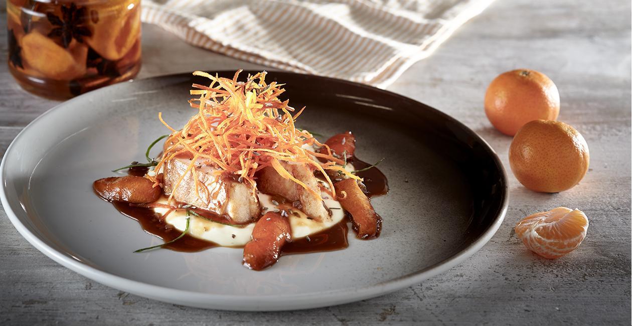 Κοτόπουλο με Μανταρίνι σε Σιρόπι Αρωματισμένο με Ρακί