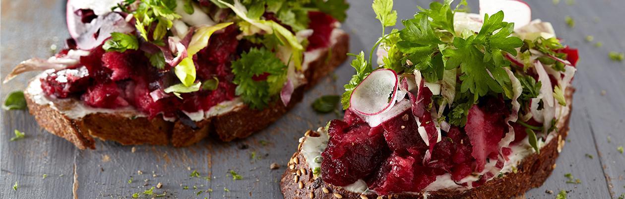 Μπρουσκέτα με Λαχανικά και Λεμονάτη Hellmann's Vegan