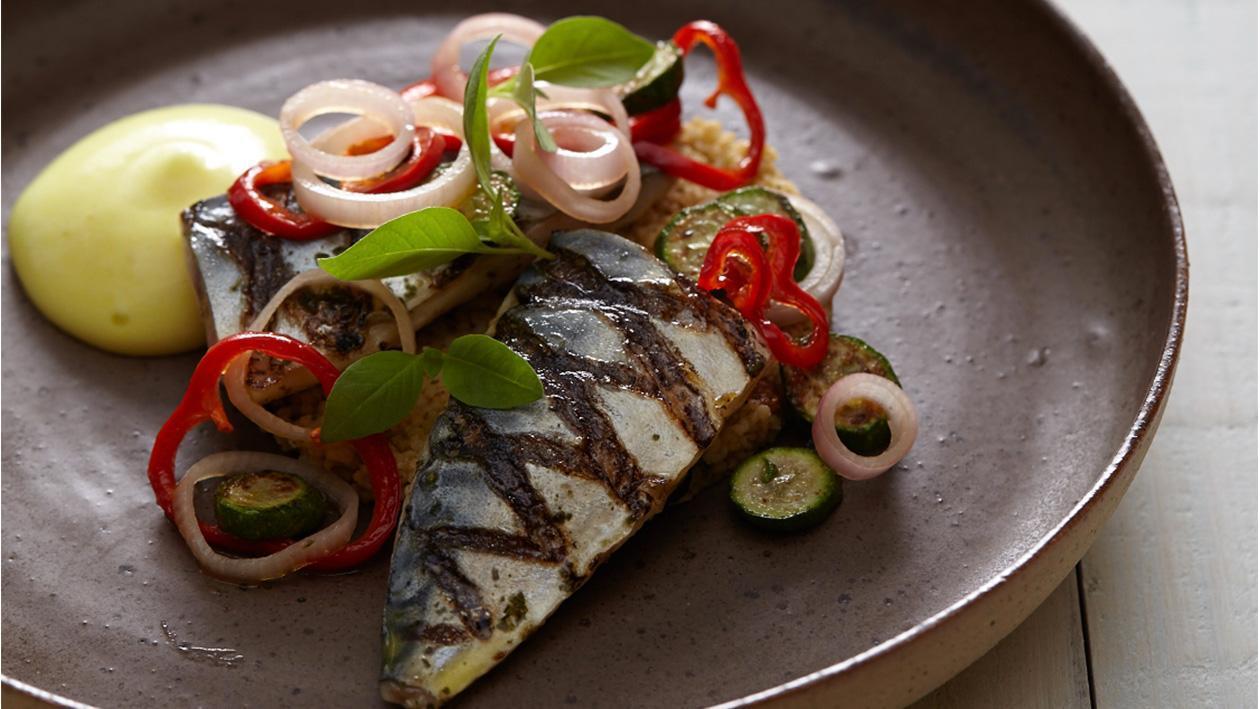 Ψητό Σκουμπρί με Ταμπουλέ και αρωματική σάλτσα με μείγμα αρωματικών τύπου Vadouvan
