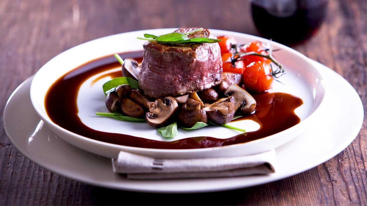 Angus Fillet with Swiss Mushrooms, Smoked Tomato and Balsamic Jus – Recipe