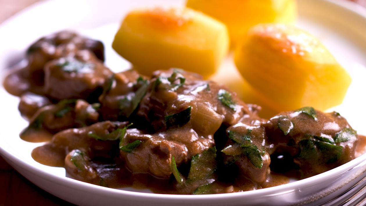 Beef in Stout with Fondant Potatoes – Recipe